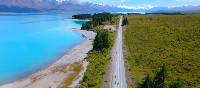 Cycling along the striking Lake Pukaki | Daniel Thour