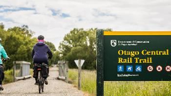 Cycling the Ida Valley | Lachlan Gardiner