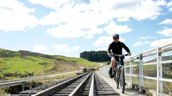 Pristine scenery cycling Otago Rail Trail through New Zealand | Toni Wythes
