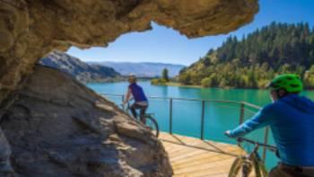 Lake Dunstan Trail, Central Otago | Ross Mackay