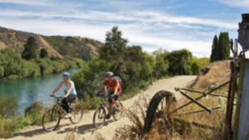 Cycling along side the mighty MataAu River | James Jubb